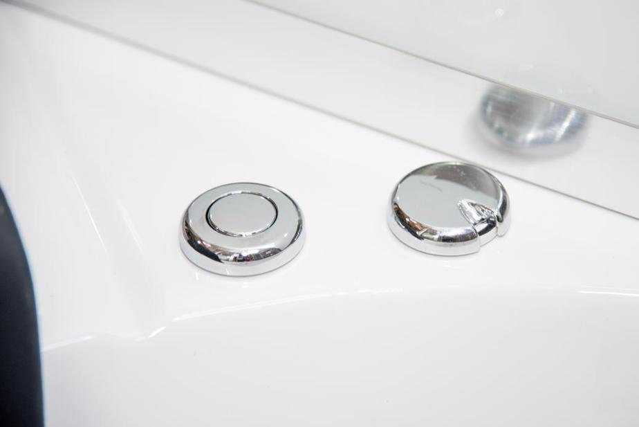 Aegean 1500 Whirlpool Controls 2