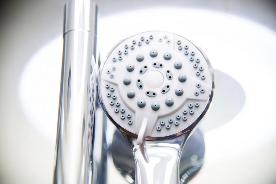Serenity White Shower Head